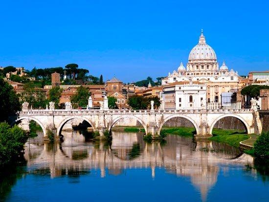 Розничные продажи в Италии увеличились в апреле на 0,7%
